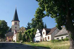 Farní kostel sv. Tomáše apoštola
